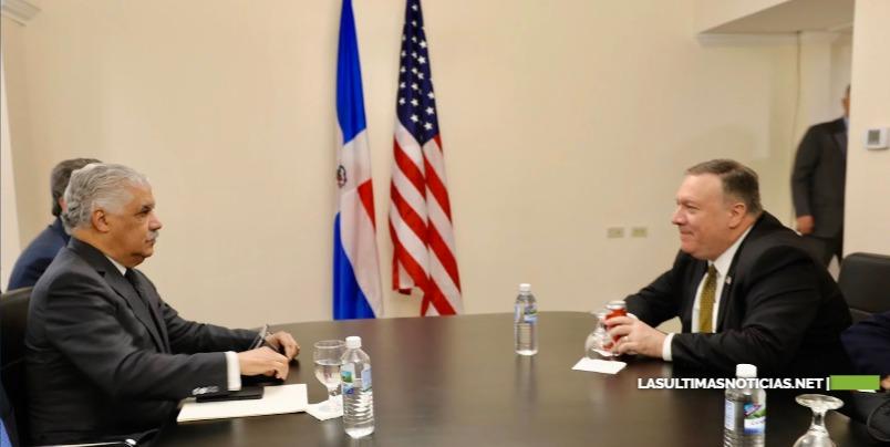 Miguel Vargas se reúne con Secretario de Estado de EE.UU Mike Pompeo en Jamaica