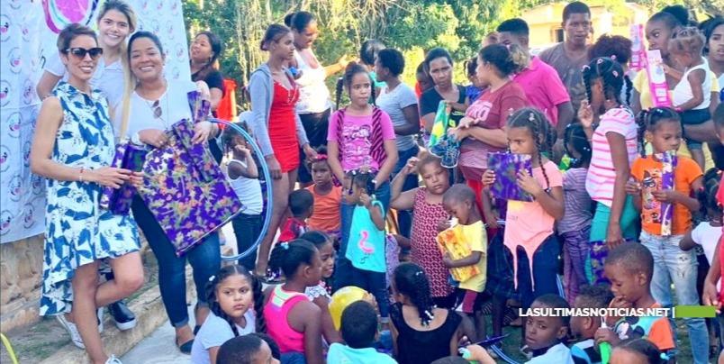 Fundación Rosa Albania Gómez reparte más de 600 juguetes por el Día de los Reyes