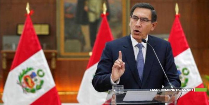 Presidente peruano destituye a tres nuevos ministros en plena crisis por Odebrecht