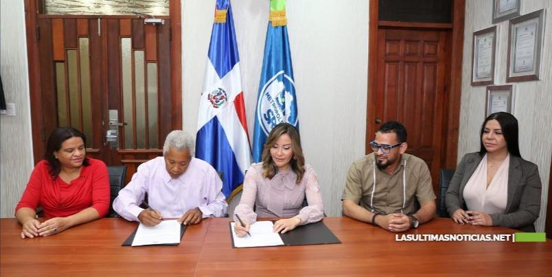 SRSM y Junta de Vecinos de Vecinos Jesús Nazaret firman acuerdo colaboración