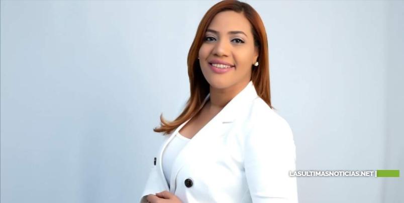 Periodista Johanna Parra fue inscrita cómo Candidata a Diputada por la Fuerza del Pueblo y Aliados