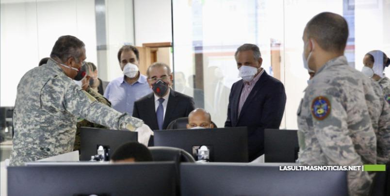 Danilo Medina visita C5i, aliado fundamental en guerra contra el coronavirus que contribuye a toma de mejores decisiones