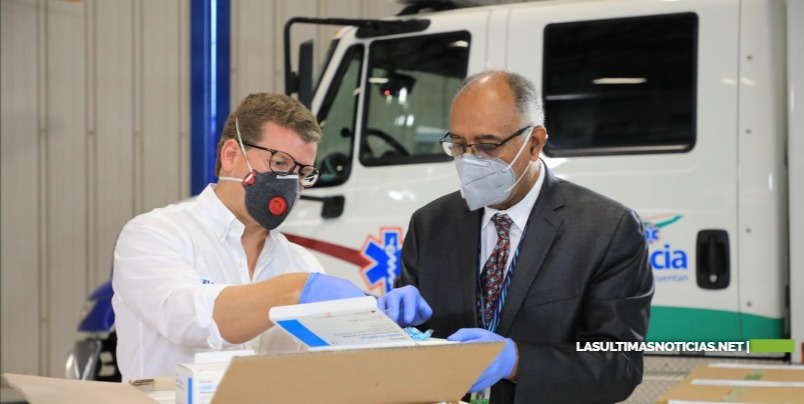 Gonzalo Castillo dona 38,500 kits más de pruebas del Covid-19 a Salud Pública, sumando un total de 64,000 entregadas