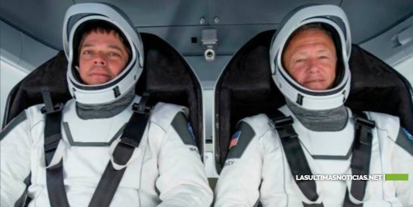 Astronautas dejan la nave SpaceX y se preparan para el lanzamiento del sábado