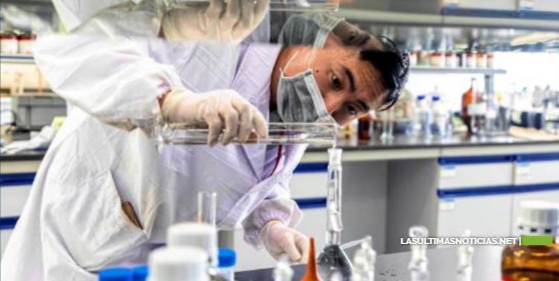 Primeras pruebas de una vacuna china contra la COVID dan resultados positivos