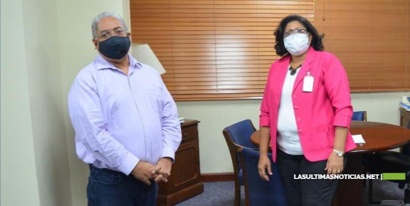 Director SNS y presidenta CODOPENF acuerdan acciones a favor de enfermeras
