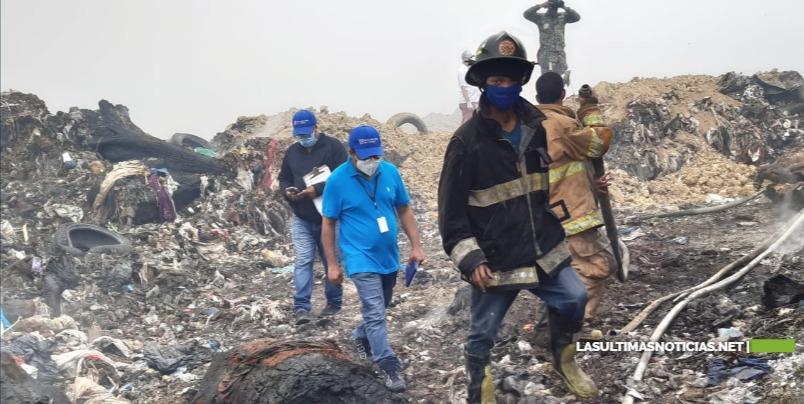 Procuraduría de Medio Ambiente realiza inspección en vertedero de Duquesa afectado por incendio