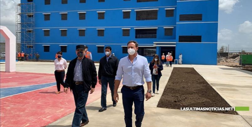 Danilo Medina realiza Visita Sorpresa de Supervisión a La Nueva Victoria; constata avances de la obra