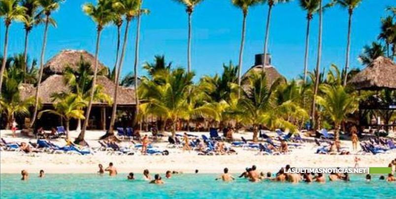 Gobierno dejó de percibir más de US$700 millones por el cierre del turismo en Punta Cana