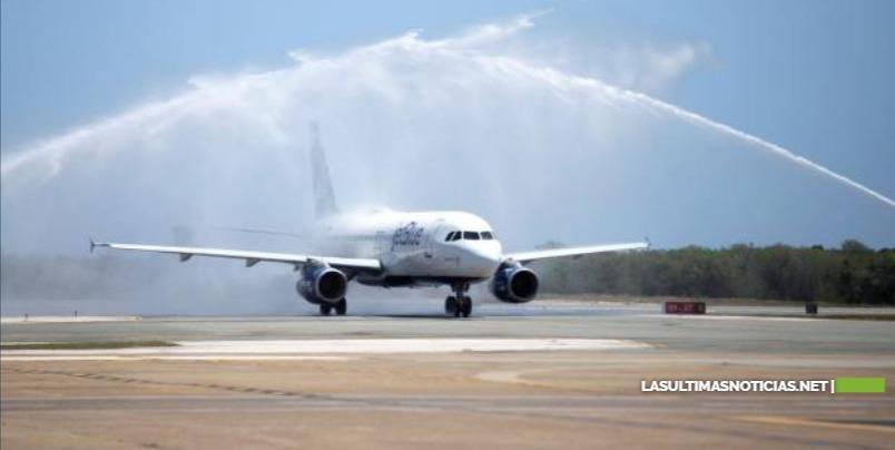 Aeropuerto de Punta Cana recibió 346 pasajeros en su primer día de reapertura