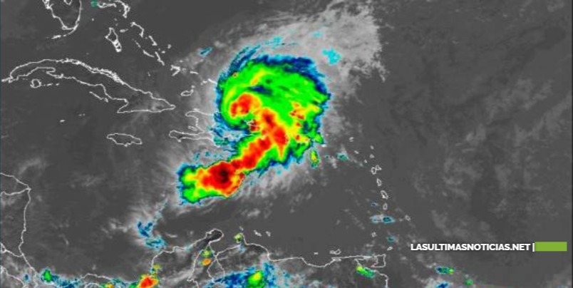 La tormenta Isaías toca tierra de República Dominicana