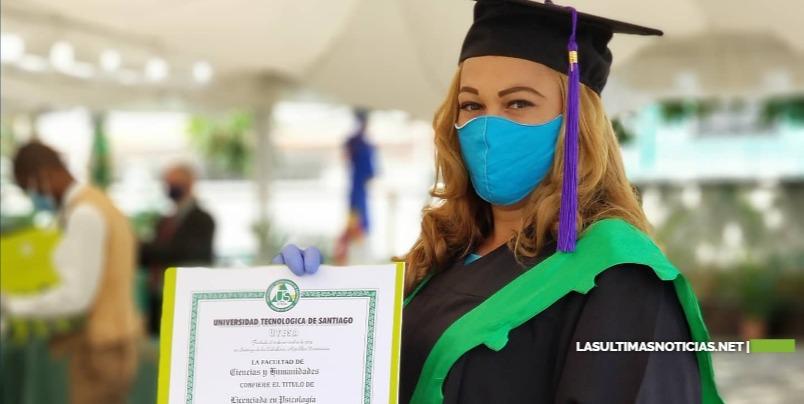 UTESA Gradúa 801 nuevos profesionales en diferentes áreas.