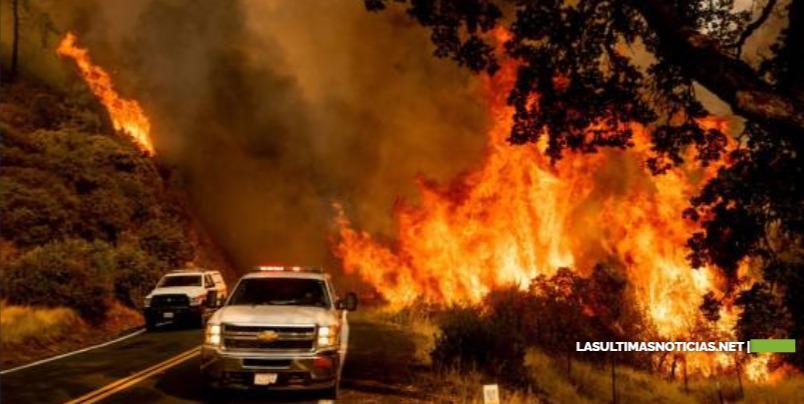 Clima ayuda en combate de incendios en norte de California