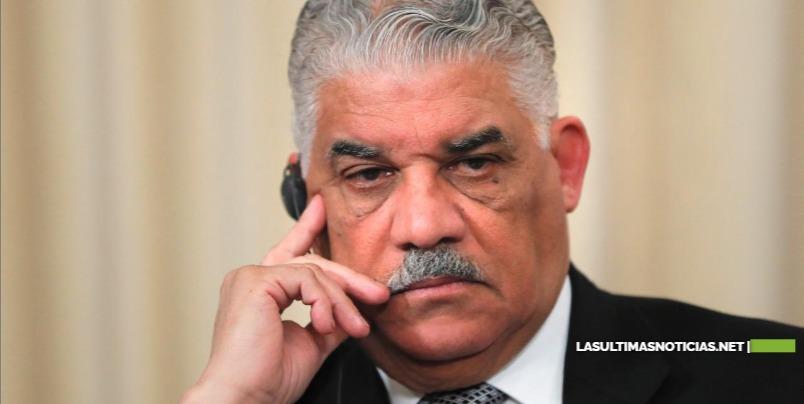 Más de 100 altos dirigentes del PRD piden a Miguel Vargas una renovación democrática