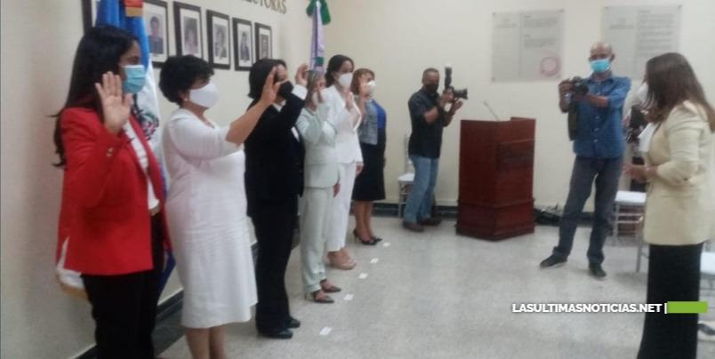 Ministra de la Mujer, Mayra Jiménez, juramenta gabinete ministerial