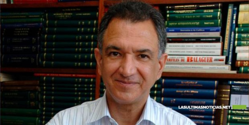 """Embajador Victor Grimaldi envía carta a Luis Abinader y llama """"analfabeto jurídico"""" a ministro"""