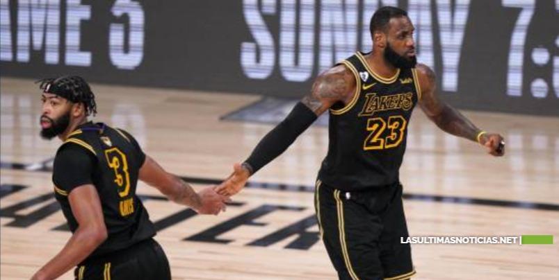 Los Angeles Lakers, a dos triunfos del título tras arrollar de nuevo al Heat de Miami
