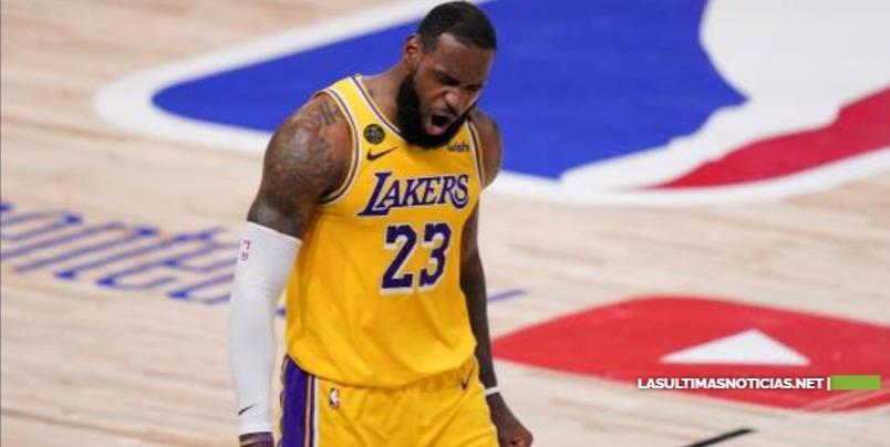 LeBron James no quiere pensar en descanso por ahora