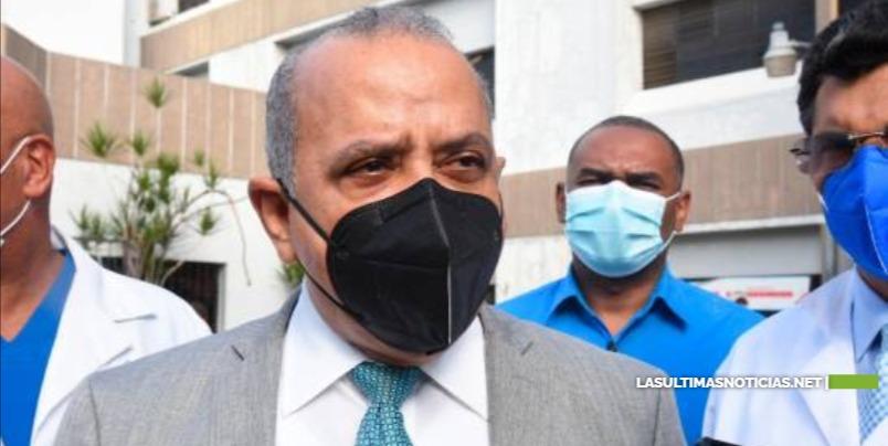 Ministro de Salud: es insostenible que Estado dominicano siga financiando partos de haitianas
