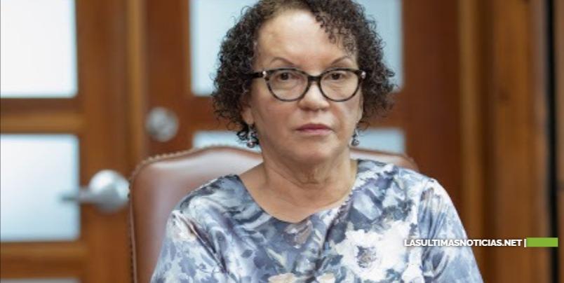 Procuradora Germán Brito instruye a miembros del Ministerio Público a acatar sin demora los fallos judiciales