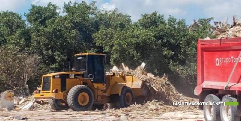 Hoteleros de Punta Cana apoyan rescate de playas que hace el Ministerio de Medio Ambiente