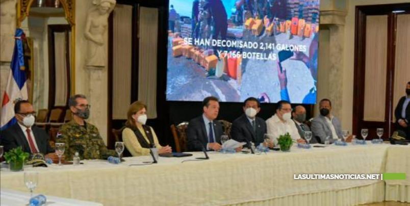 Abinader emite decreto para controlar importación de metanol, el que ha causado 127 muertes en este año