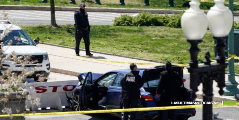 EEUU: Conductor lanza su auto contra barricada del Capitolio y mata un policía