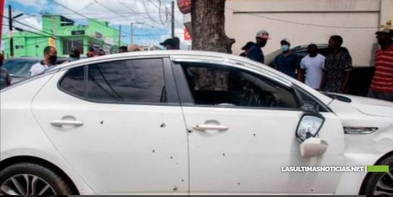 Policías utilizaron armas de alto calibre para acribillar pareja en Villa Altagracia