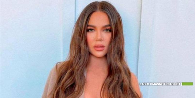 Acusan a Khloé Kardashian de abusar del photoshop, y ella responde con un desnudo en vivo