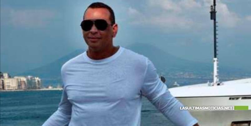 Alex Rodríguez se aleja del escándalo de su ruptura con Jennifer López, y disfruta en alta mar