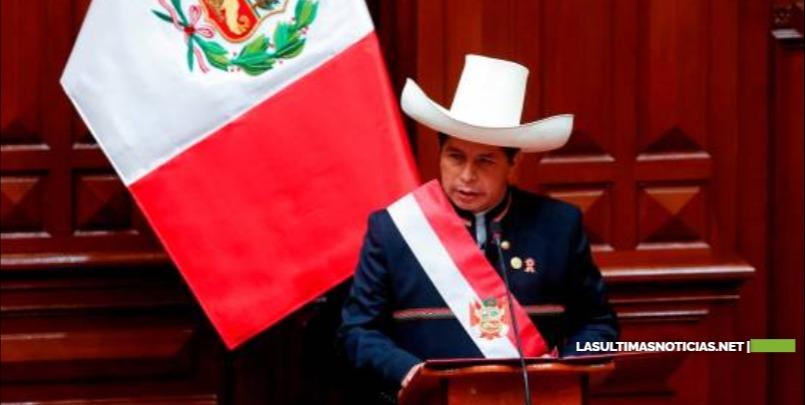 El presidente de Perú busca lugar para instalar su oficina y su nuevo Palacio de Gobierno