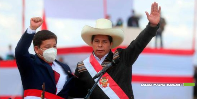 Oposición peruana pide a Pedro Castillo cambiar ministros para aprobar investidura