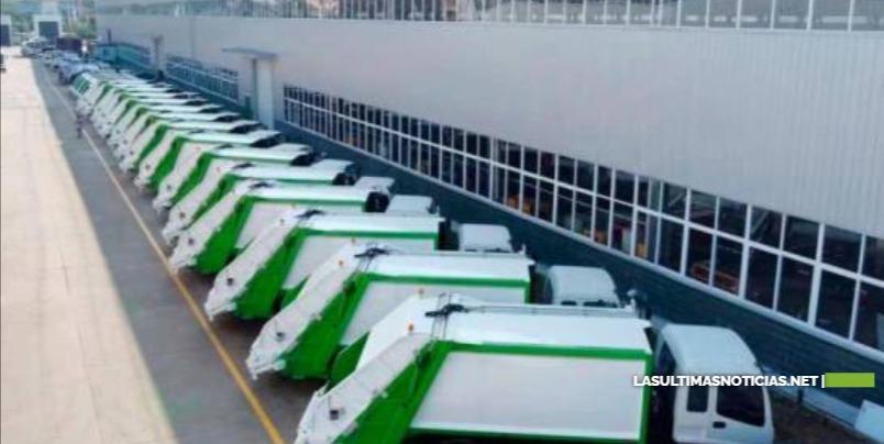 Alcaldía Santo Domingo Este informa retraso en llegada de camiones de basura comprados