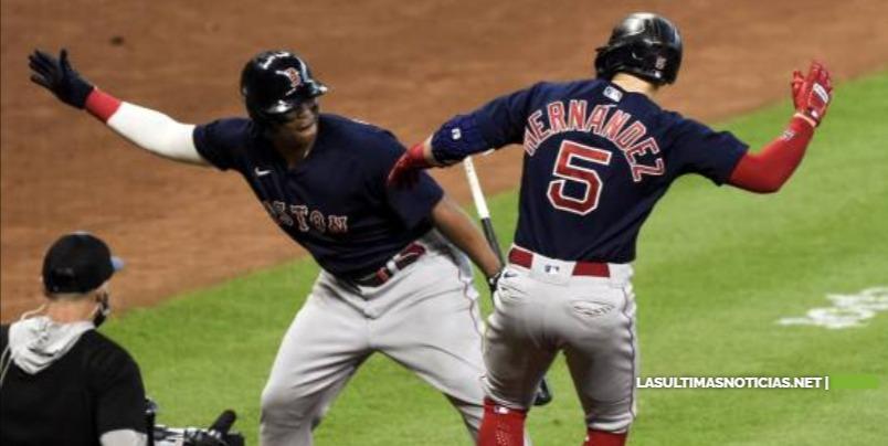 """Boston monta """"hipódromo"""" en Houston y empata Serie de Campeonato"""